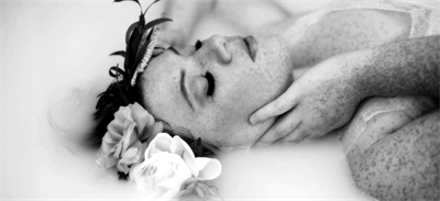 What's the deal with milk baths and how does it fit into Boudoir photography?